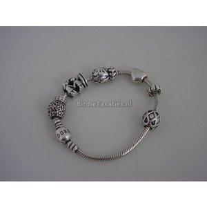 Zilveren Pandora armband met diverse bedels