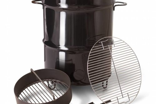 Pit Barrel Cooker Co. Pit Barrel Cooker package