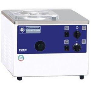Diamond Vertical ice-cream turbine, table top, 5 liters/h, evaporative condenser
