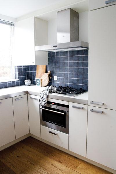 Keuken Tegels Tiel : Witte keuken tegels metrotegels in de woon ...