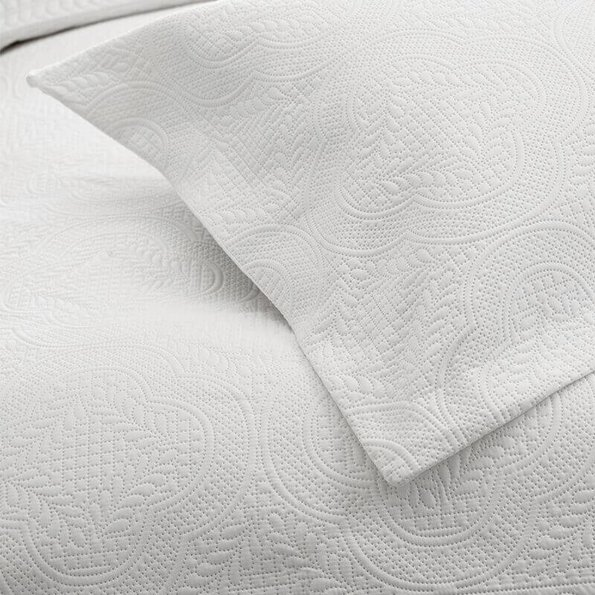 Sleeptime Bedsprei Charlene - Wit