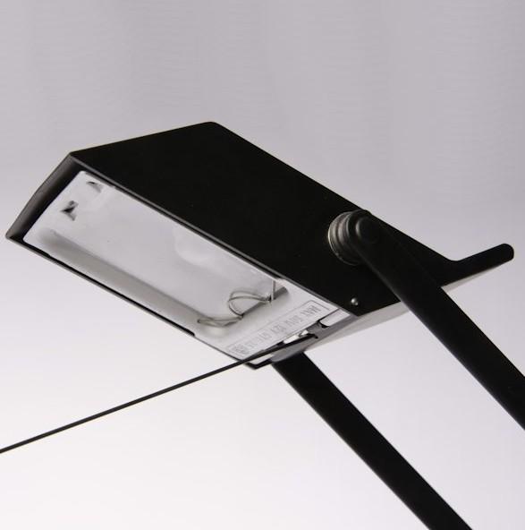 tizio classic noir led lampe de bureau brand new office. Black Bedroom Furniture Sets. Home Design Ideas