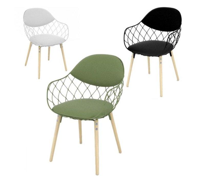 Magis pi a chaise avec pieds en h tre brand new office for Chaise en hetre