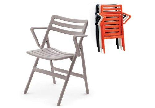 Magis Folding Air chair avec accoudoirs