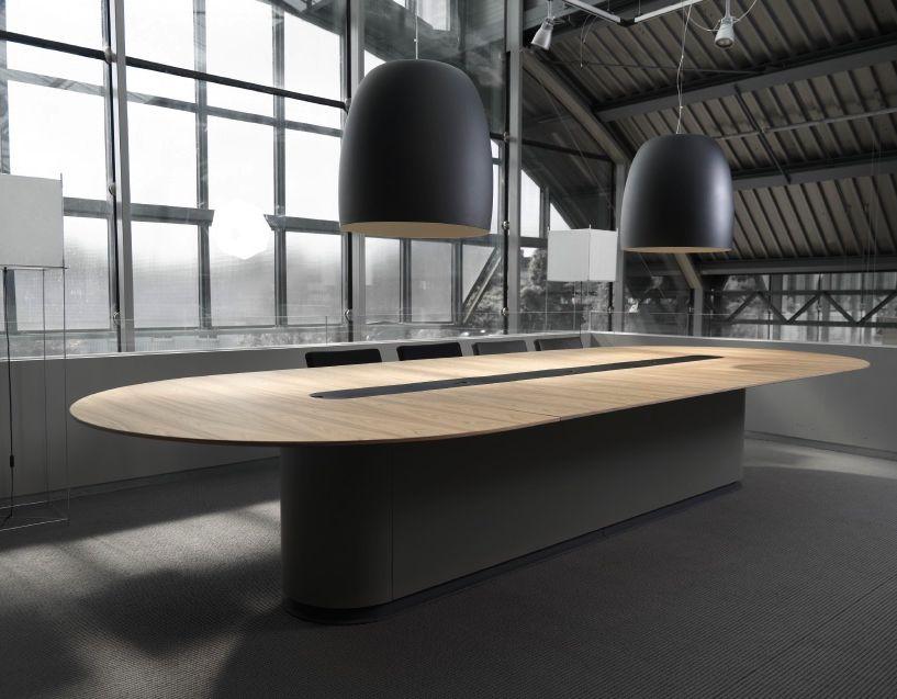 spazio table de conf rence brand new office. Black Bedroom Furniture Sets. Home Design Ideas