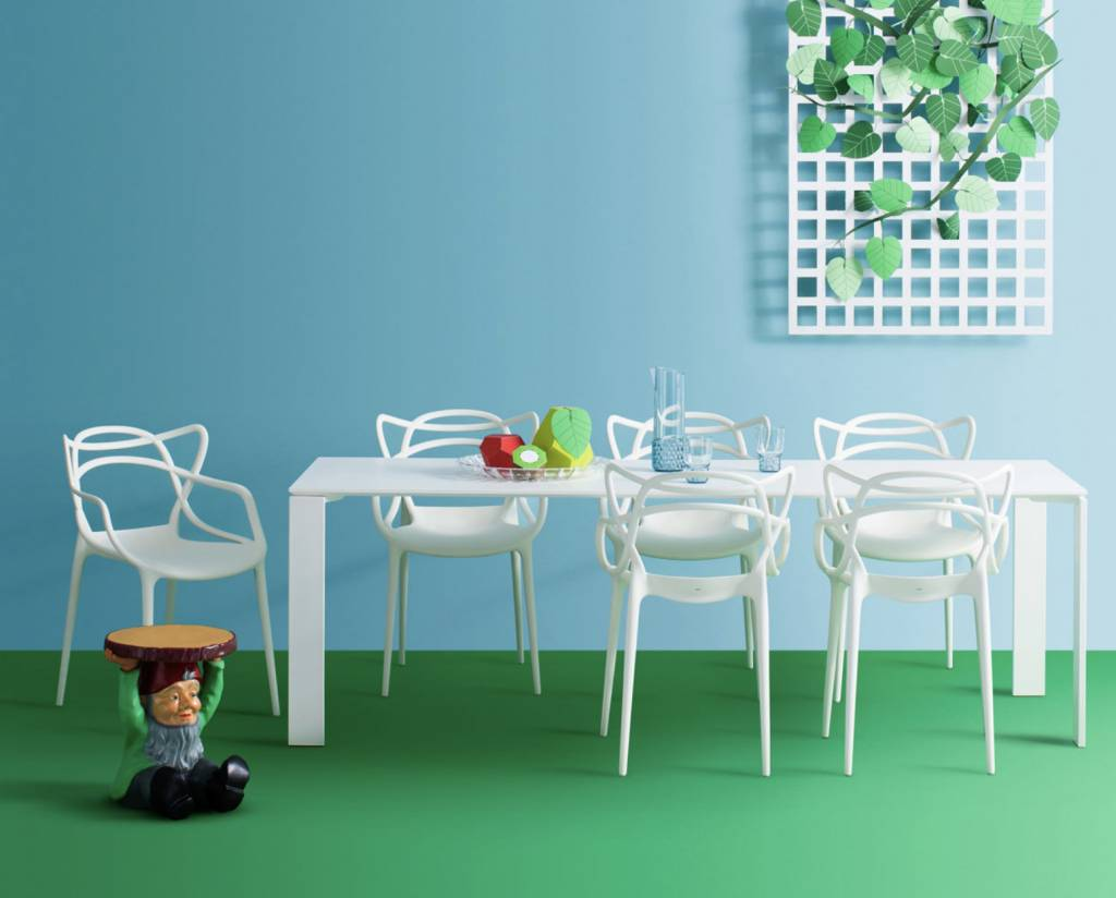 Four outdoor table brand new office for Bureau kartell