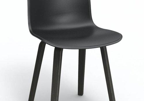 Magis Substance chaise en contre plaqué
