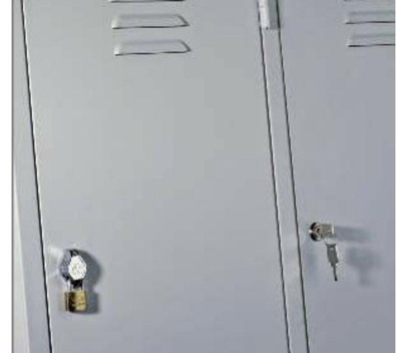 Metalen lockers of hangkast