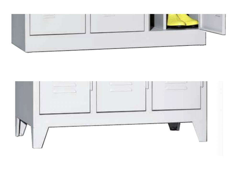 penderie mtallique penderie metallique aubire armoire casier en mtal noir 1 penderie 3 tagres. Black Bedroom Furniture Sets. Home Design Ideas