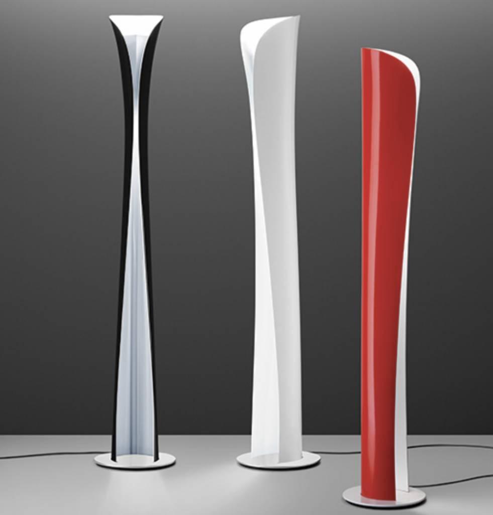Cadmo staande lamp 3 kleuren brand new office for Lampade vendita