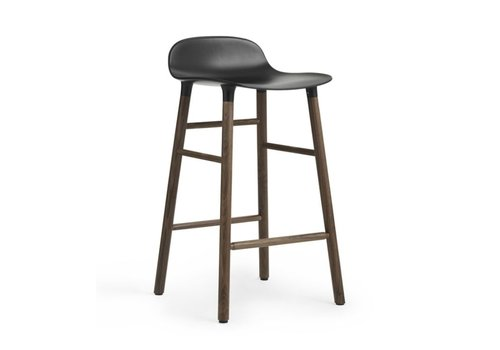 Normann Copenhagen Form barstool walnoot