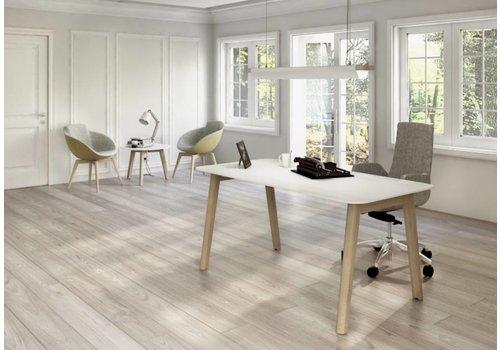 Narbutas Nova wood kantoormeubelen