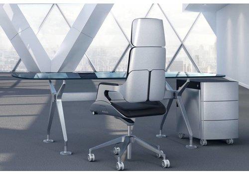 Interstuhl Silver directiebureau in glas