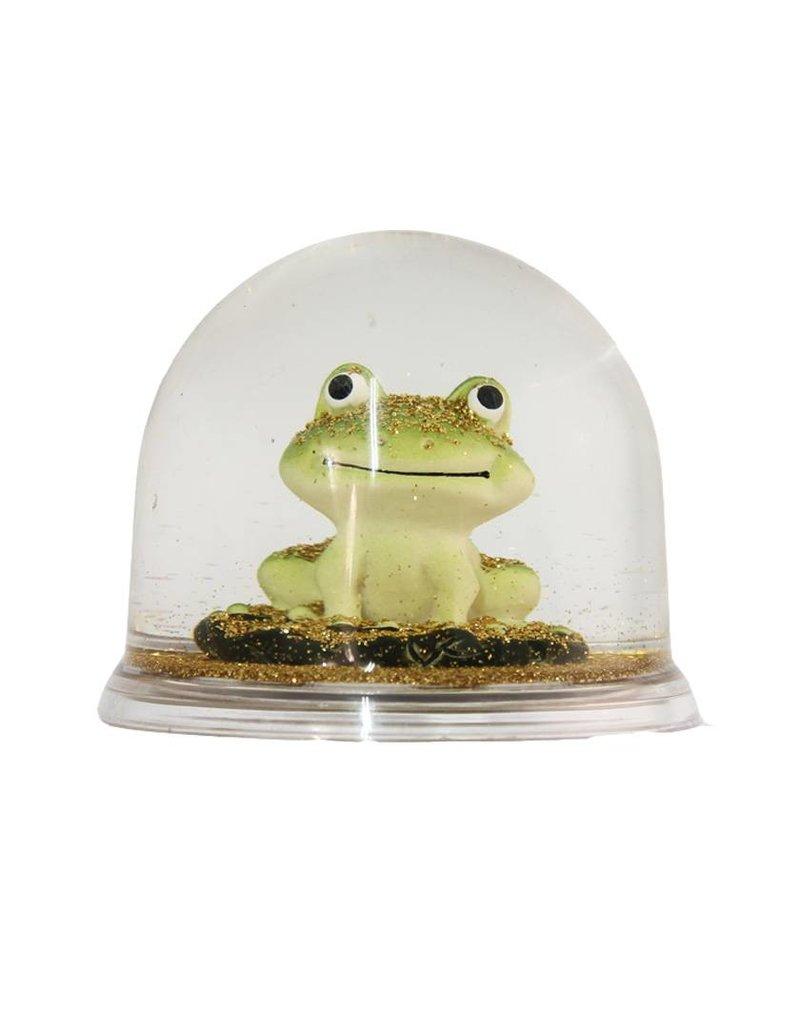 Eline Snel Frog snow ball