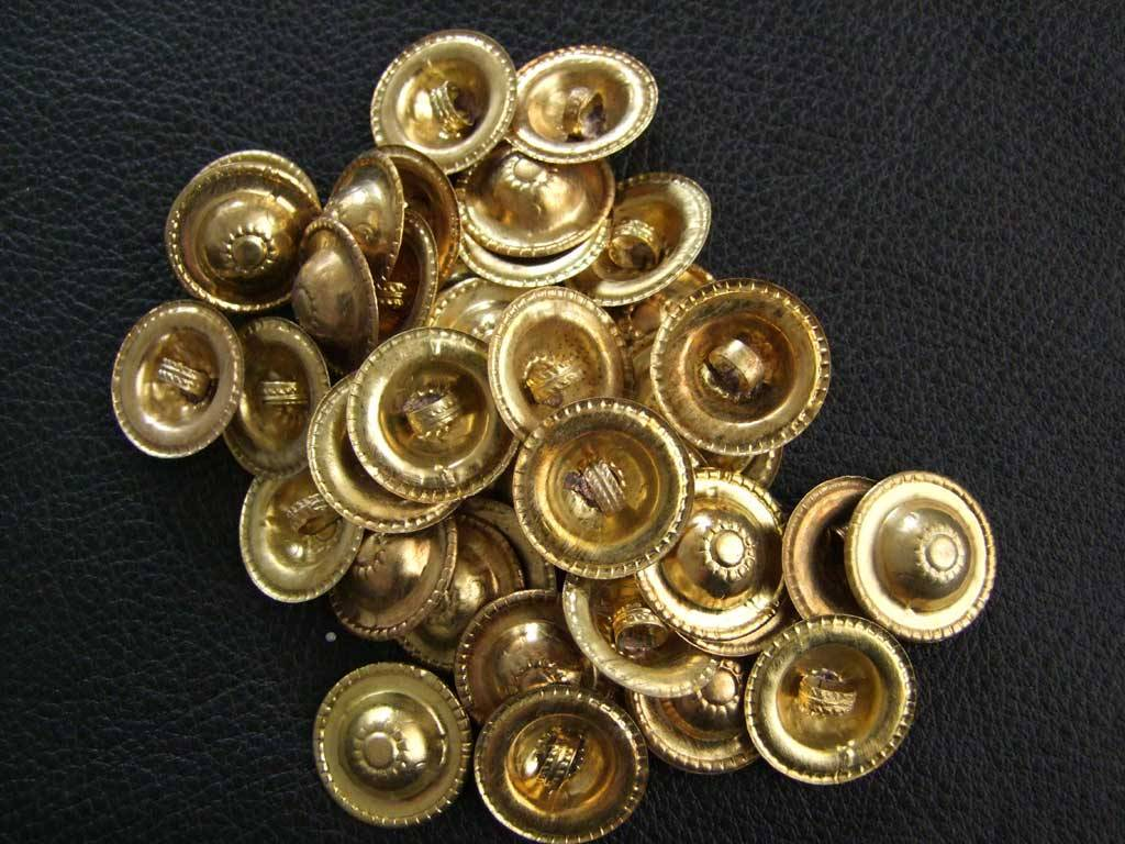 New Buttons gold