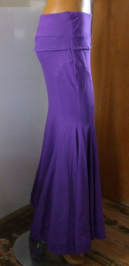 Silhouette Skirt purple