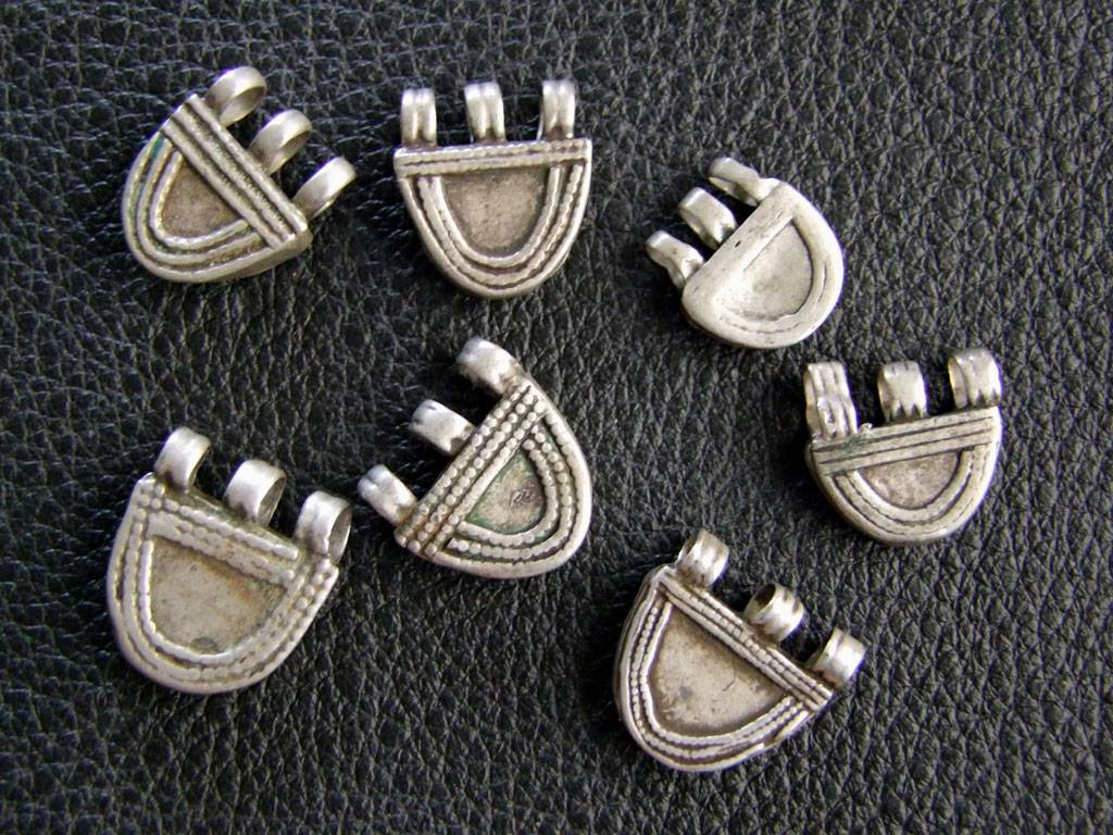 Telsum Prayer box beads