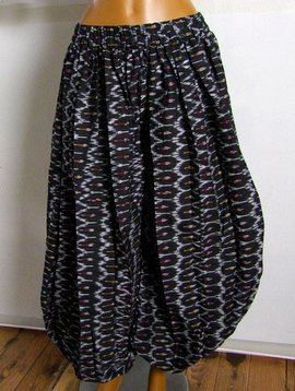 Pantaloon/ Pumphose Ikat Muster