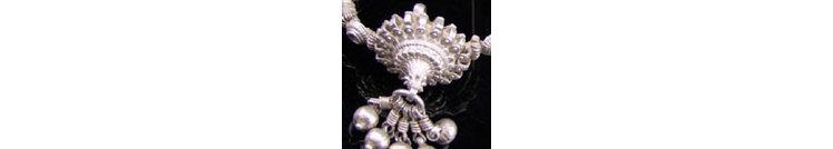 Besondere Stücke, alter Silberschmuck