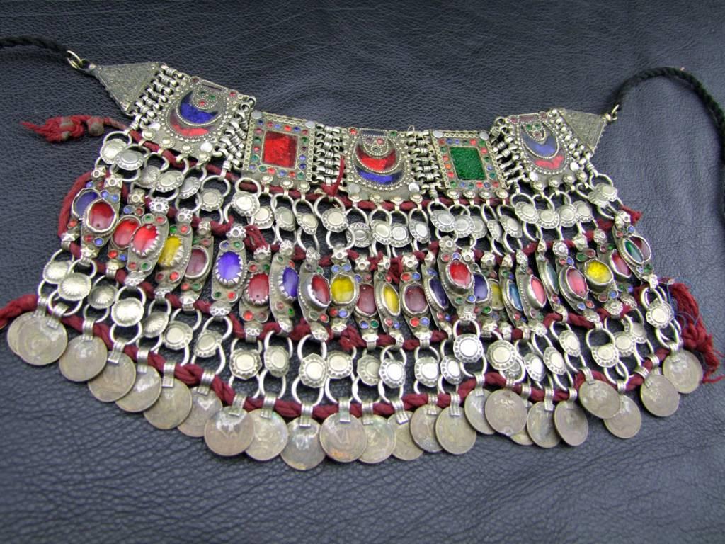 Tribal Choker -
