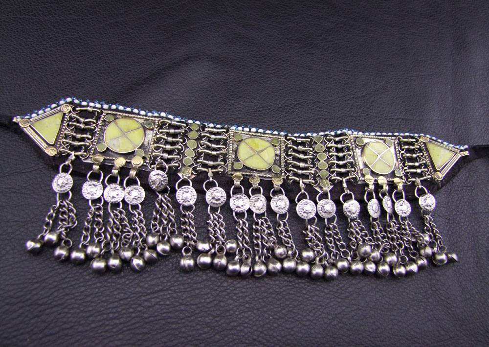 Tribal Choker yellow