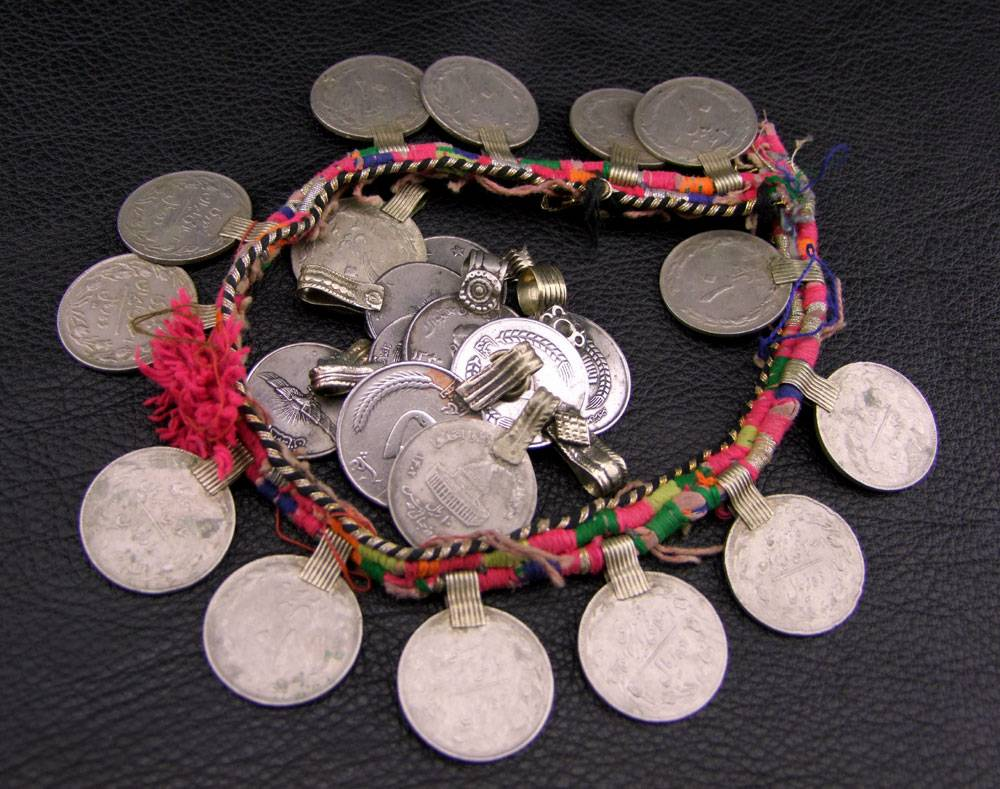 25 pcs extra large Tribal coins