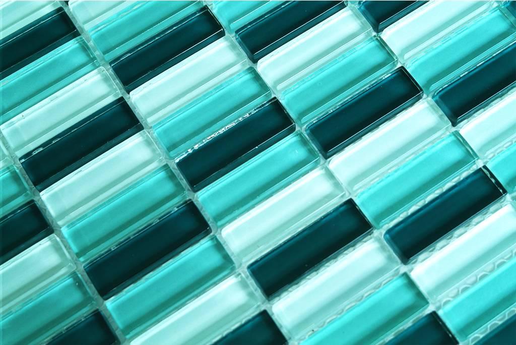 glasmosaik fliesen grun die neuesten innenarchitekturideen. Black Bedroom Furniture Sets. Home Design Ideas