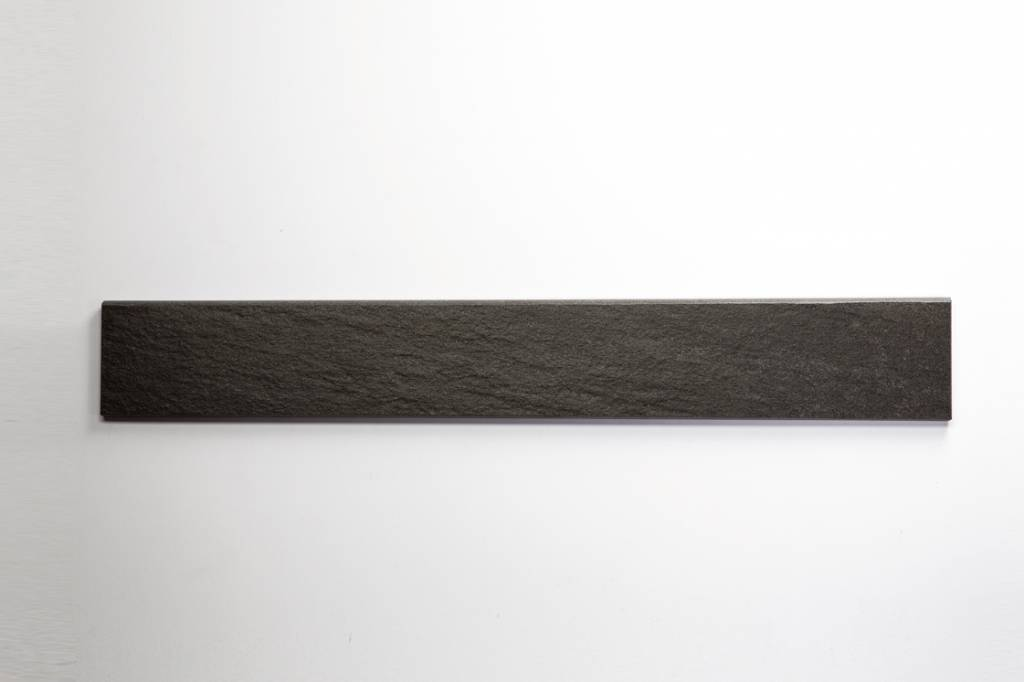 feinsteinzeug sockel quarzit anthrazit 8x60 cm. Black Bedroom Furniture Sets. Home Design Ideas