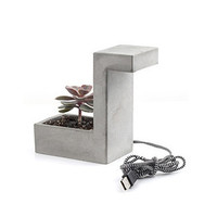 Kikkerland Desk lamp with concrete planter