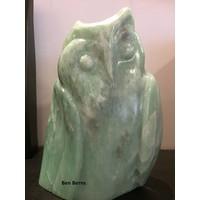Uil van groene opaal