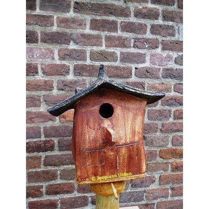 Vogelhuis Puntdak laag 1390- Joop van Ulden