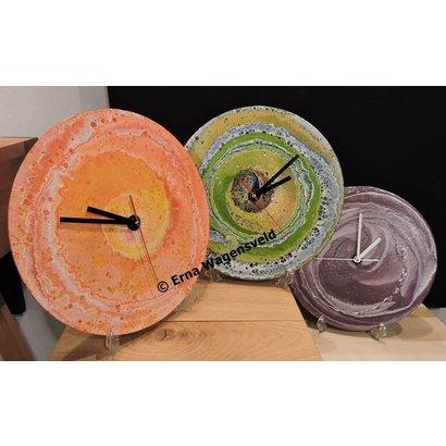 Kleurige klokken van LP's - Erna Wagensveld