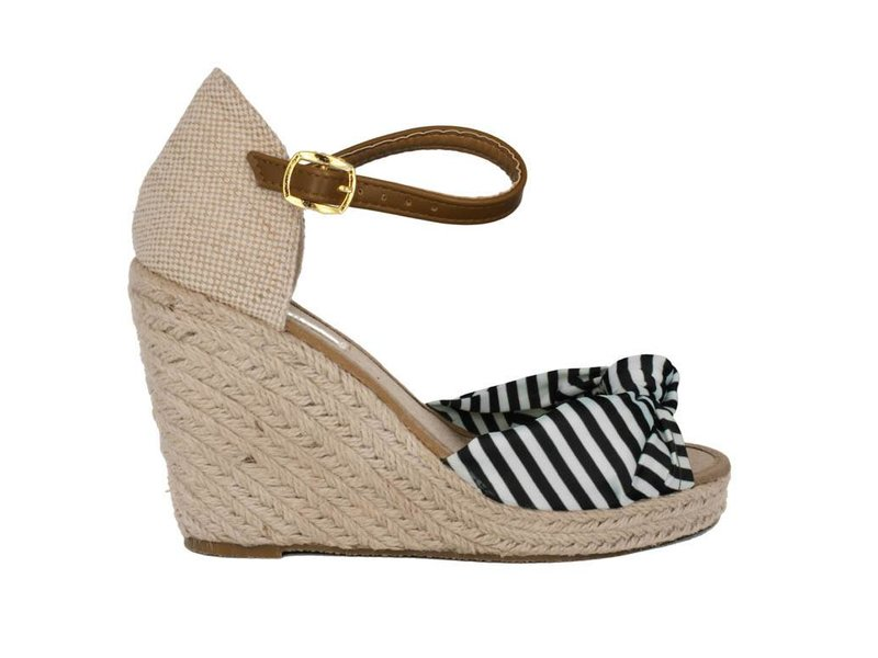 Pearlz Zwart wit gestreepte dames sandaal met sleehak en peeptoe
