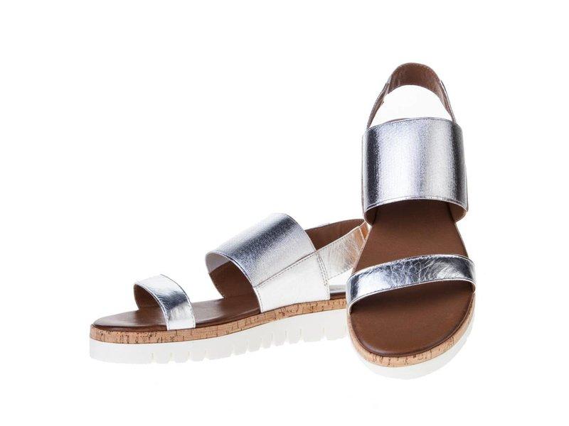 INUOVO sandalen zilver met enkelband