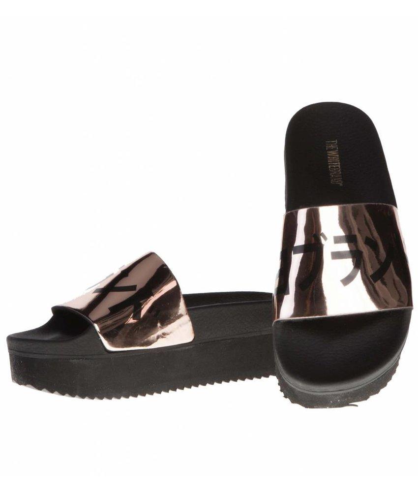 The White Brand slippers metallic Japan hoog