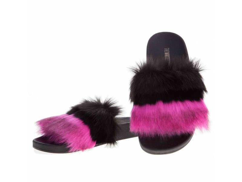 The White Brand slippers pink fur