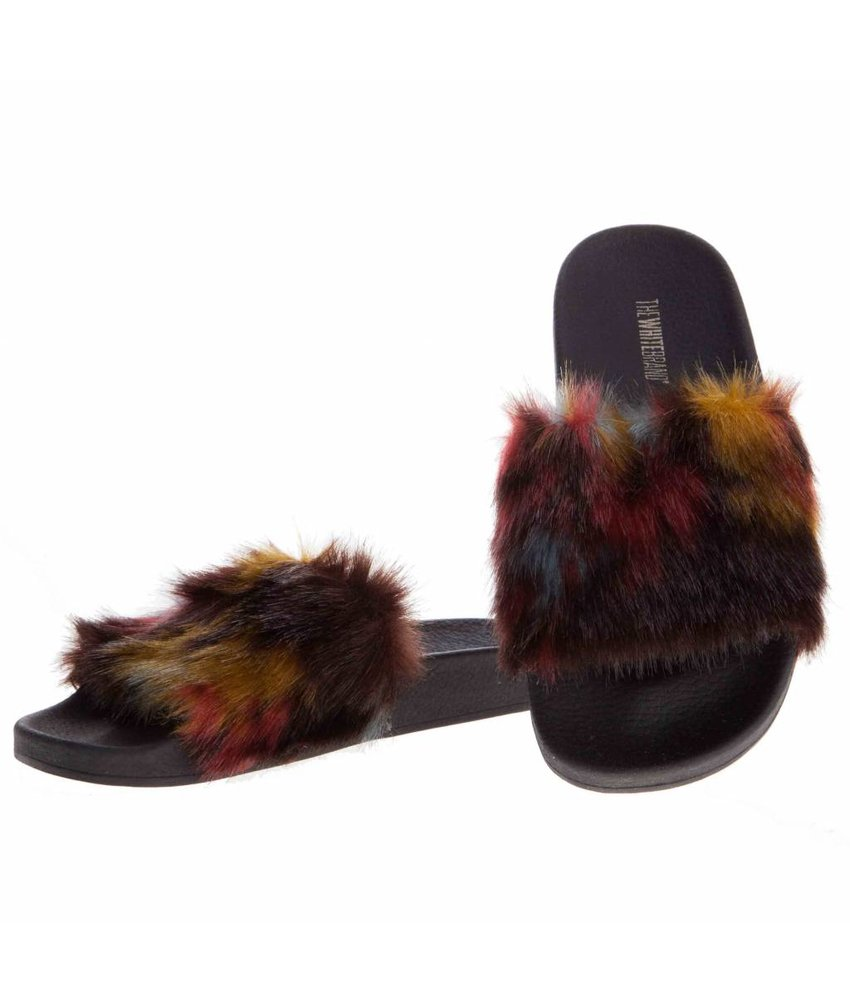 The White Brand slippers blur fur