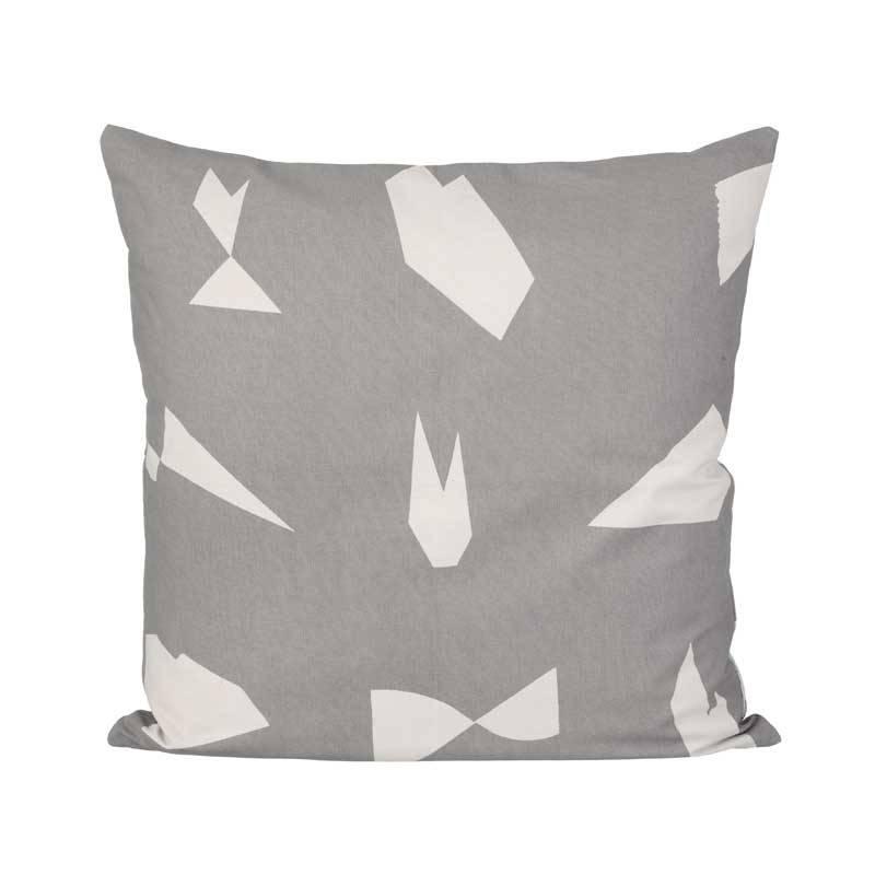 ferm living kussen cut grijs sale nordic blends. Black Bedroom Furniture Sets. Home Design Ideas