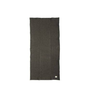 Ferm Living Katoenen handdoek donkergrijs 50x100