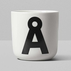 Playtype porcelain mug with Scandiletter