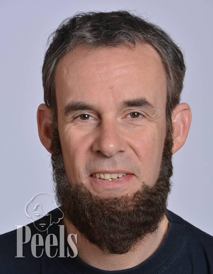 Kryolan Handgeknoopte volle baard van echt haar,  kort, type 9236