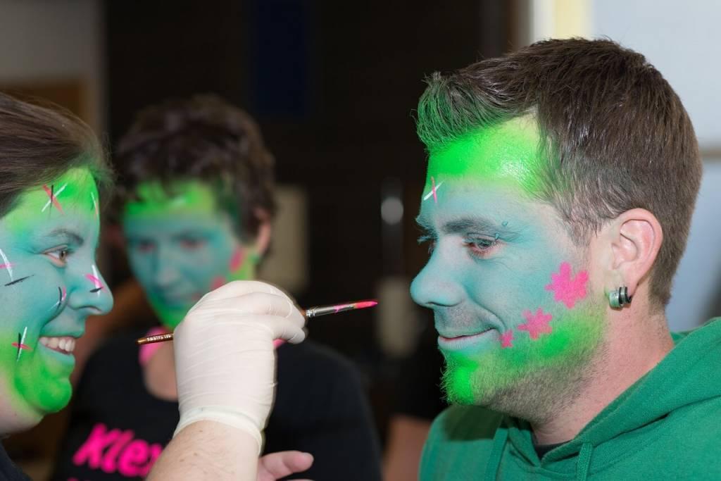 4 Schmink en make-up tips voor Carnaval