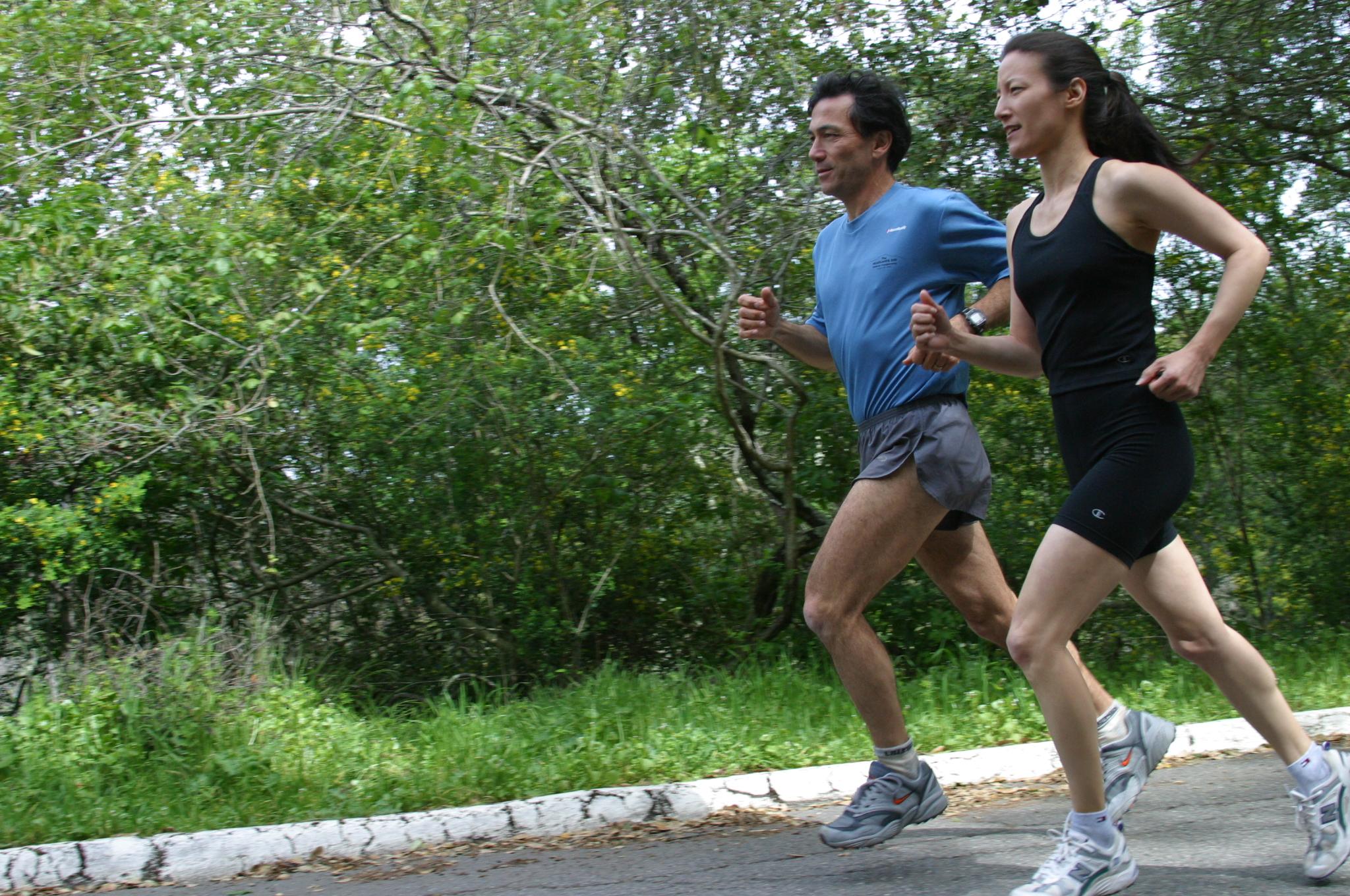 Danny Dreyer & Katherine Dreyer running