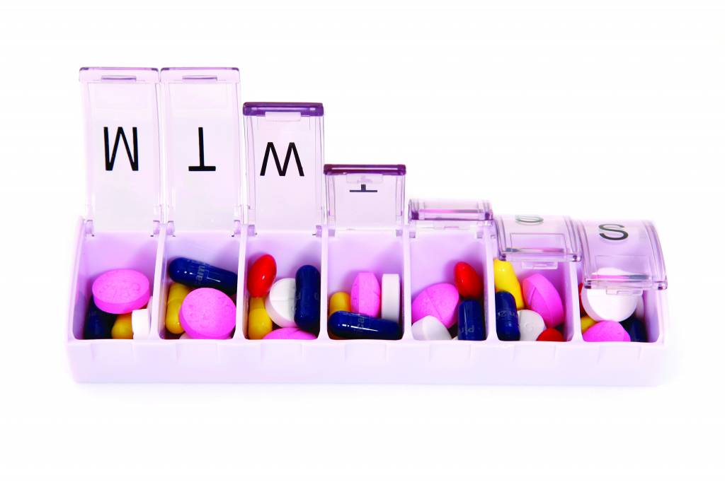 Pillendoosje Voor 7 Dagen.Pillendoos 7 Dagen Normaal Zorghulpmiddelkopen Nl
