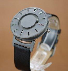 Horloge met voelbare streepjesindicatie