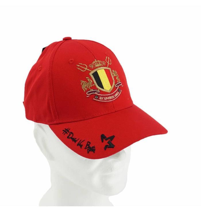 Red cap Daniel Van Buyten