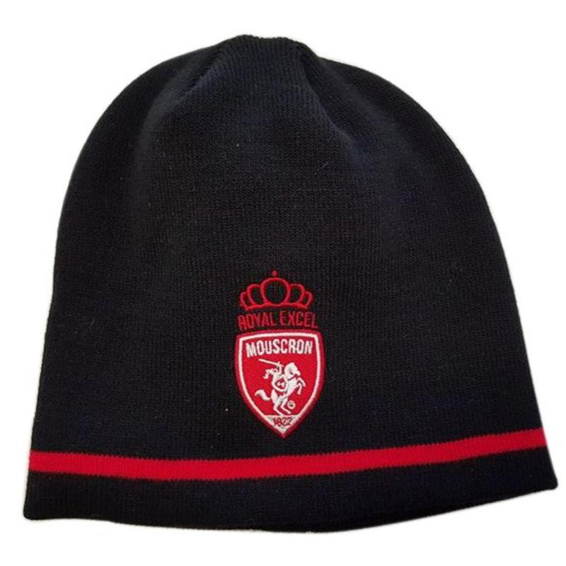Beanie with embroidery