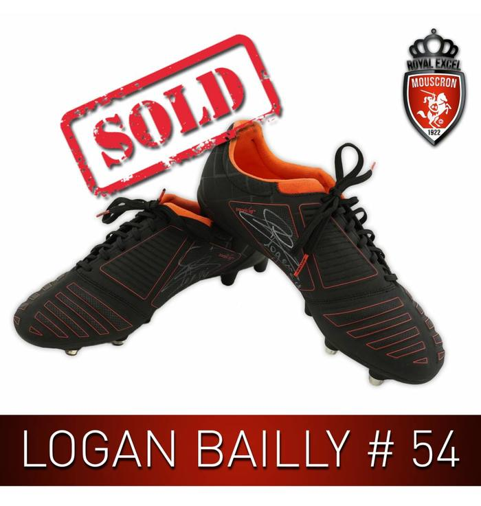 Signed Footballshoes Logan Bailly #54