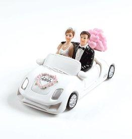 Bruidspaar in auto