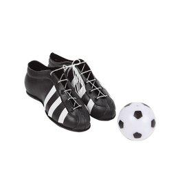 Voetbalschoenen en bal